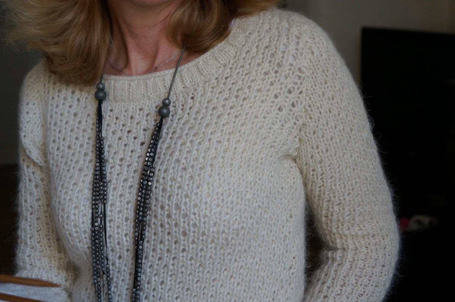 Pull écru tricoté main
