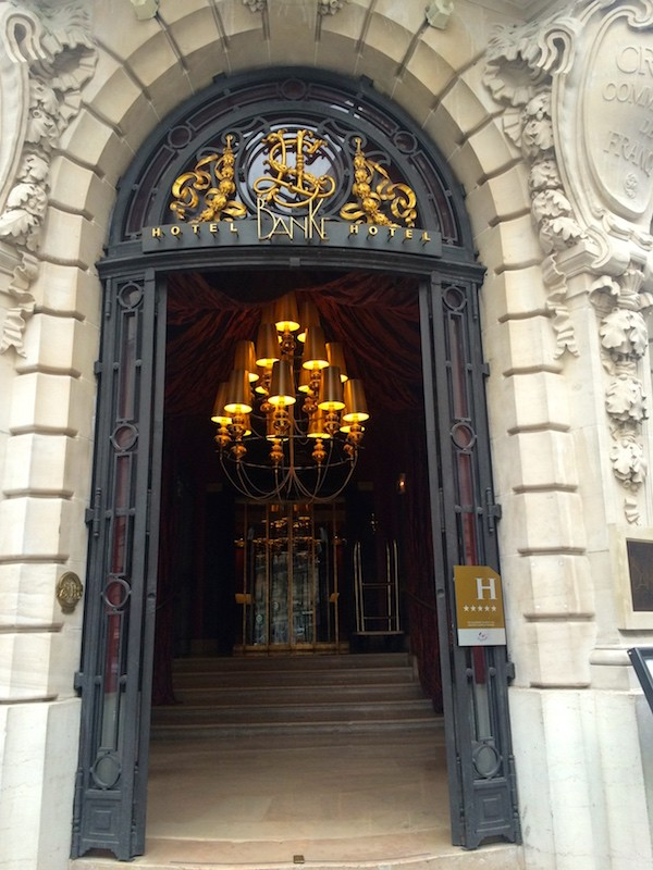 HOTEL BANKE PARIS