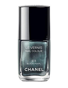 Le-vernis-Black-Pearl-de-Chanel