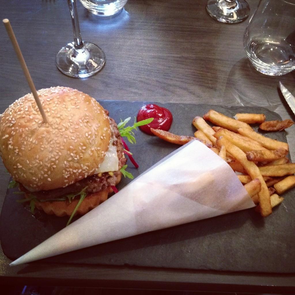 Burger gourmand au 5