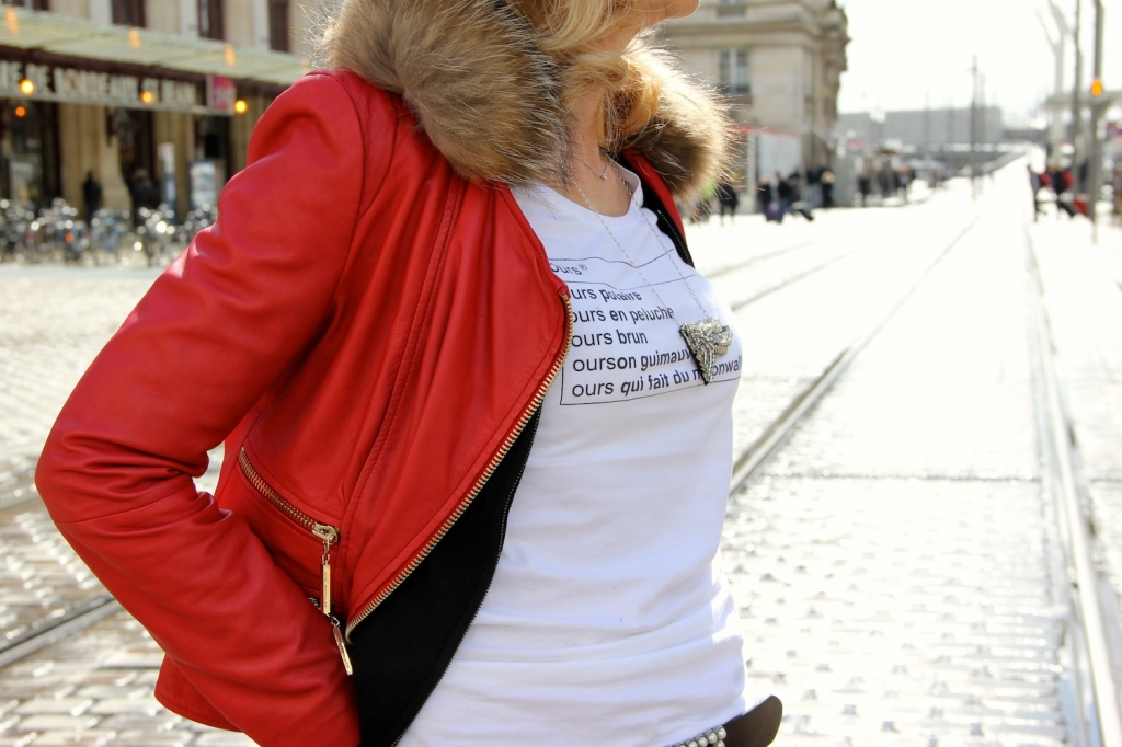 Tee-Shirt Remarque Cuir Rouge