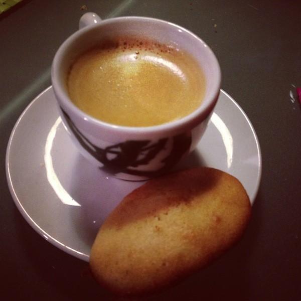 Café & madeleine
