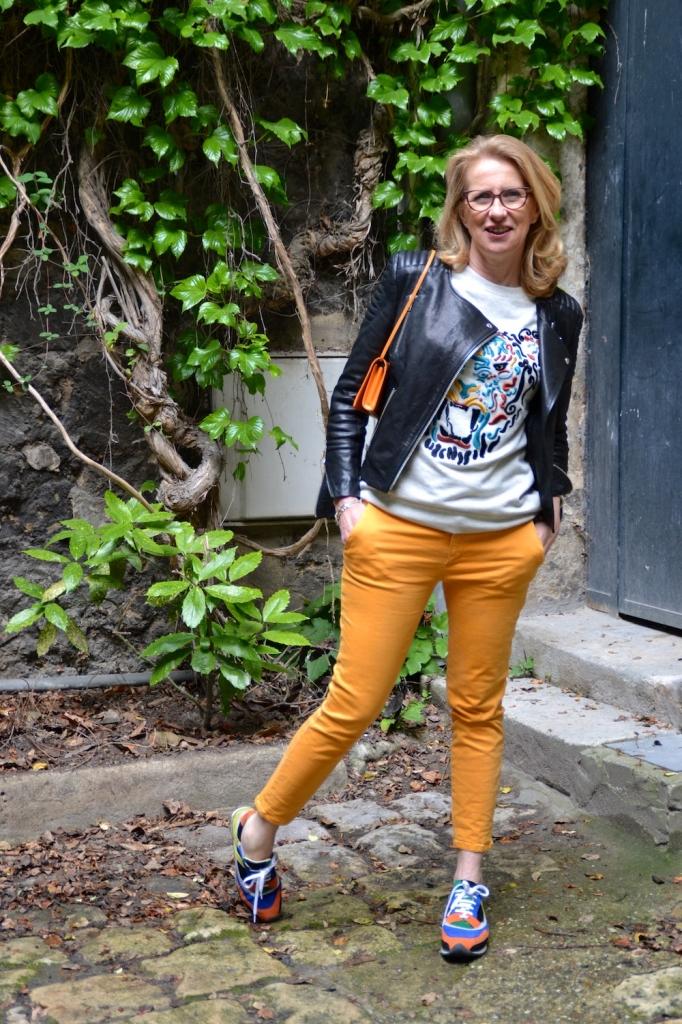 Pantalon Chino Zara orange sweat tigre tH&M