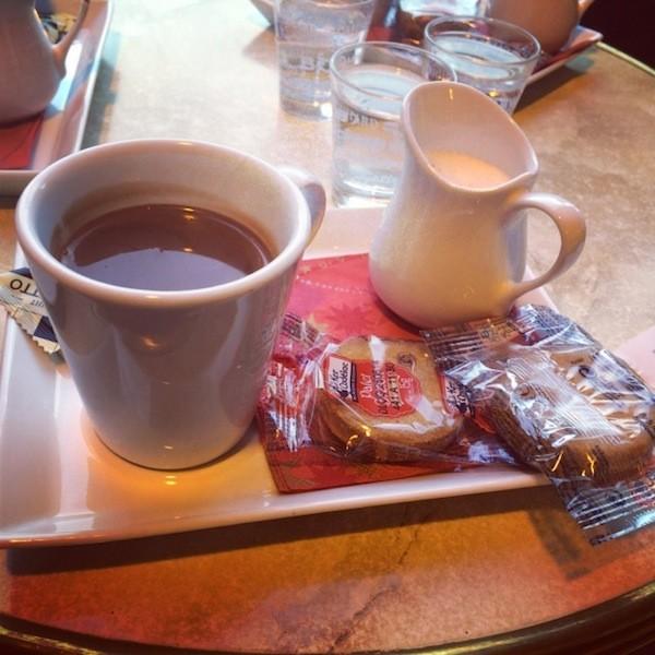 Chocolat à l'ancienne café Le Dijeaux