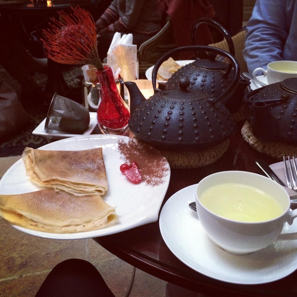 Thé et crépes au Grand Hôtel Spa le Régent