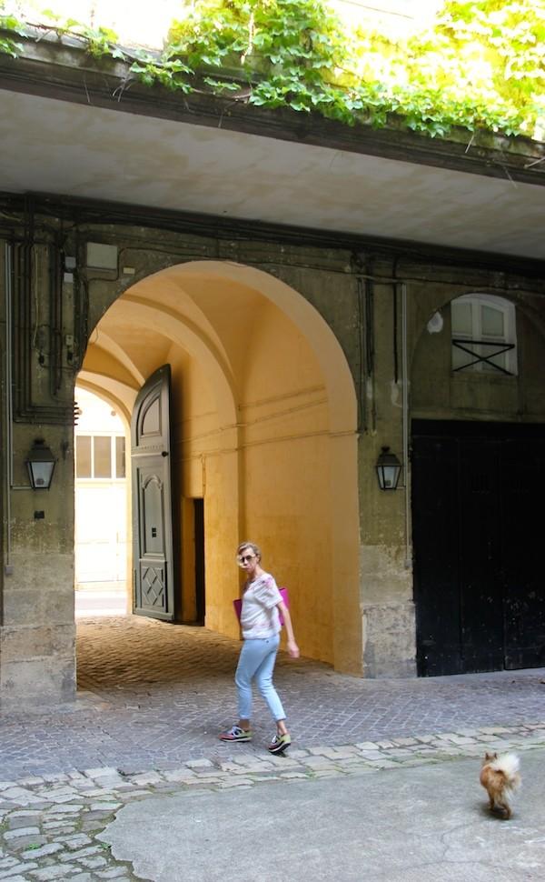 Cour interieure immeuble Bordelais