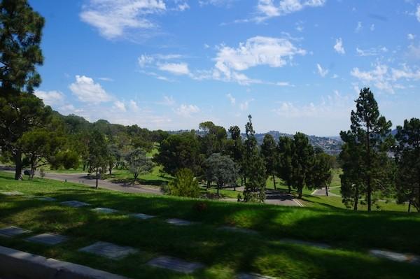 Forest Lawn sur les collines d'Hollywood !