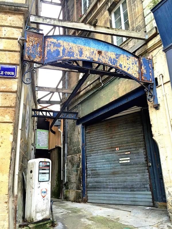 Pompe FINA Bordeaux