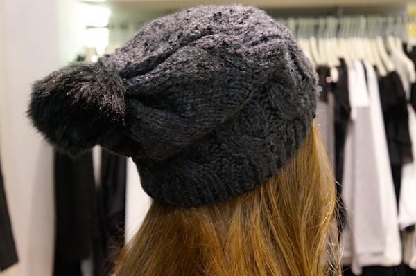 Bonnet pompom OPIECES