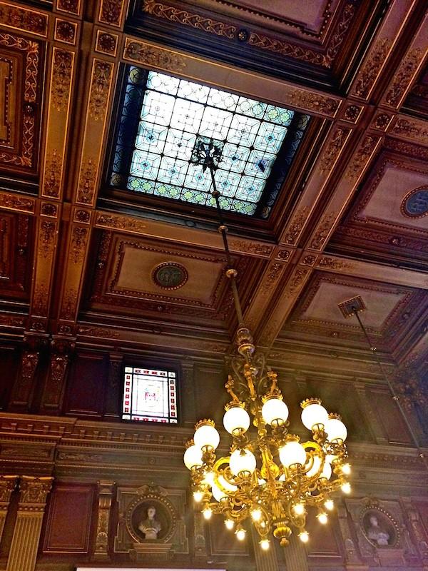 Salle du conseil municipal de Bordeaux