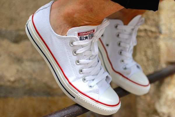 CONVERSE BASSES ALL STAR CHUCK TAYLOR