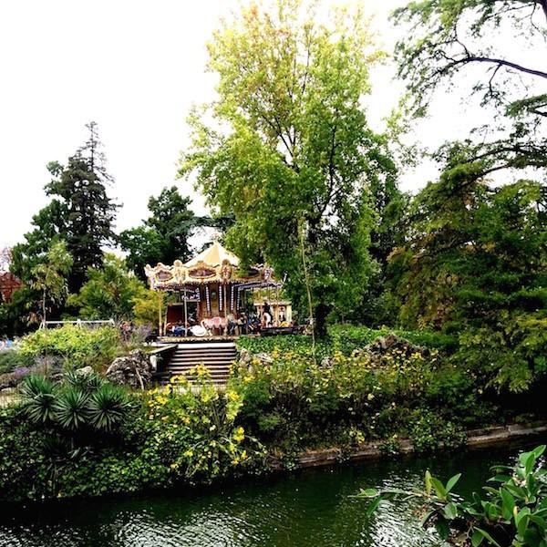 Carousel du Jardin Public Bordeaux