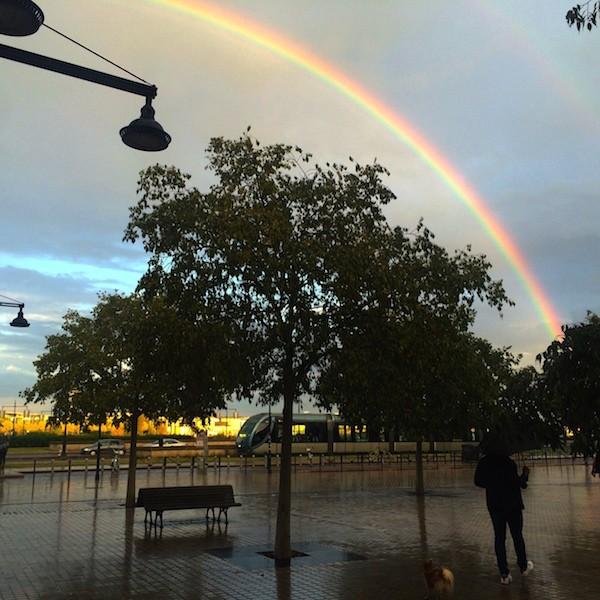 Les Quais de Bordeaux Arc en Ciel