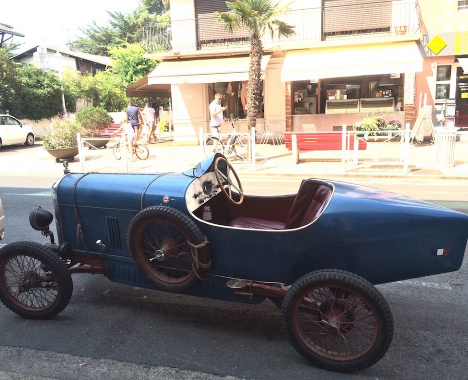 VOITURE ANCIENNE AMILCAR