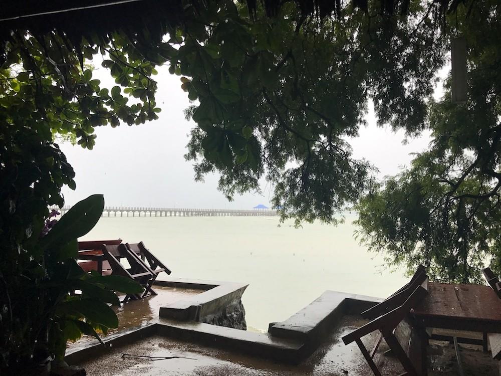 ENTRE DEUX CONTINENTS THAILANDE