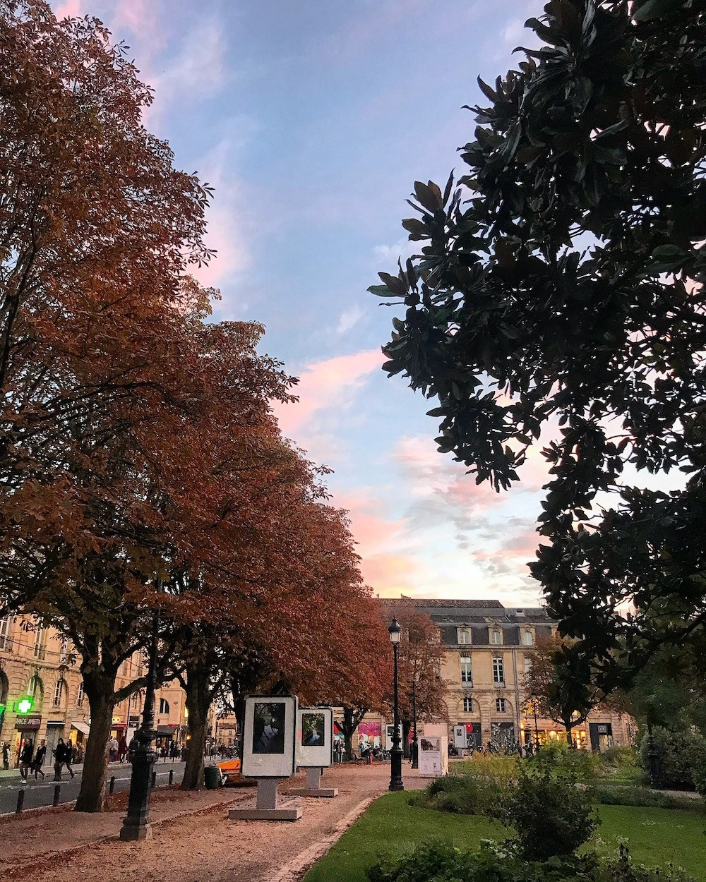 PLACE GAMBETTA TRACES BORDEAUX