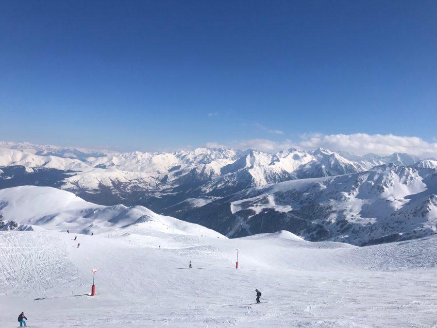 Skier dans les Pyrénées à Saint-Lary !