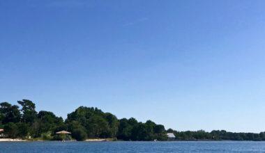 Maguide un lac et la nature autour